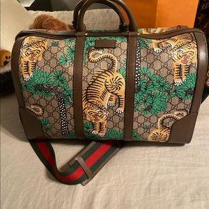 Gucci tiger duffel bag